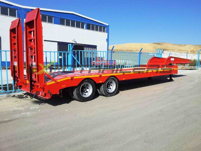 2 - axle low loader semi trailer carsan with one lifting axle